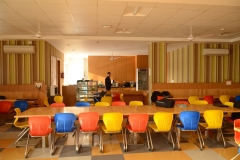 Cafeteria low